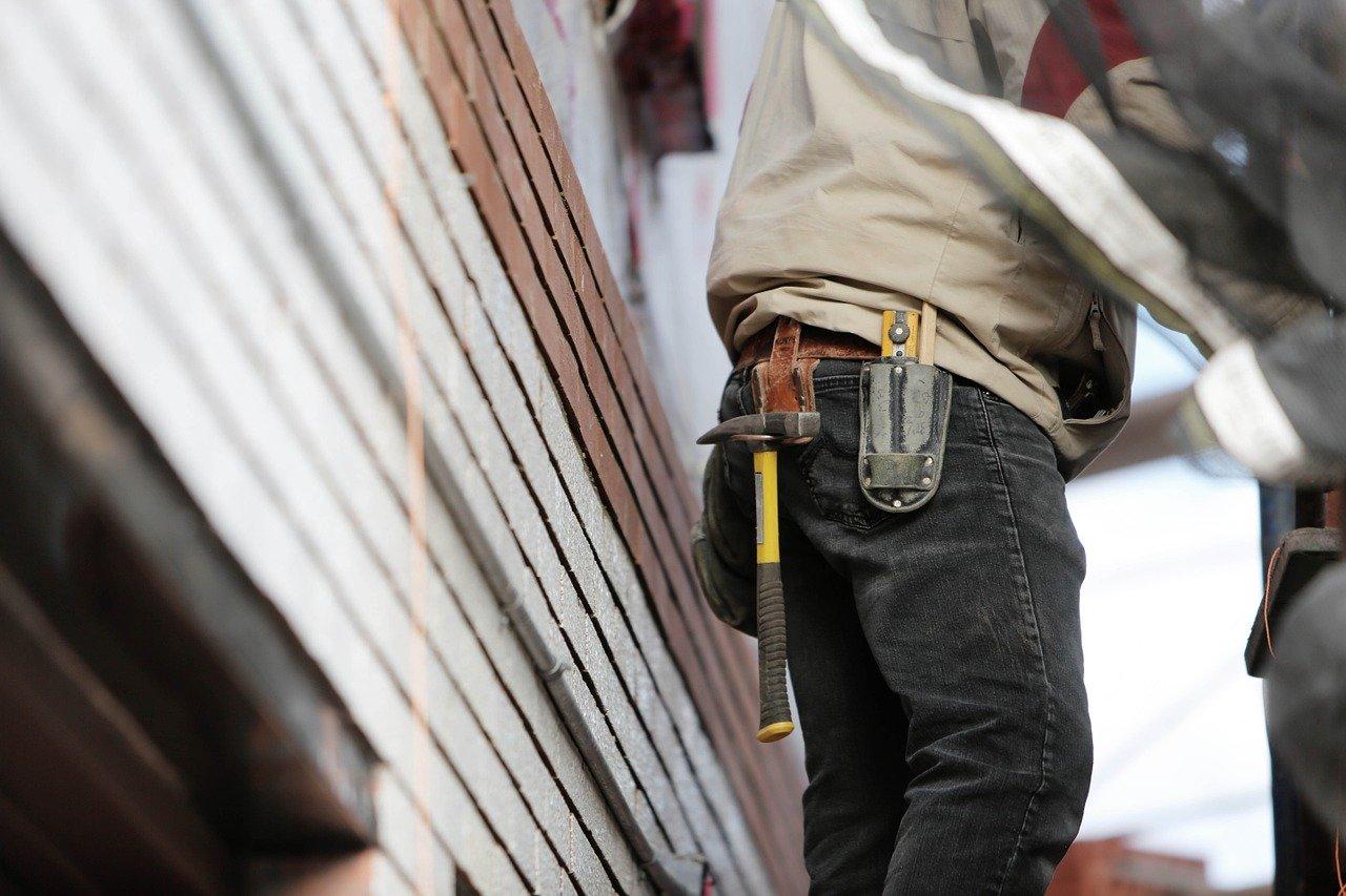 construction worker tool belt
